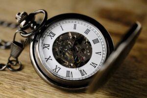 Old-swiss-clock