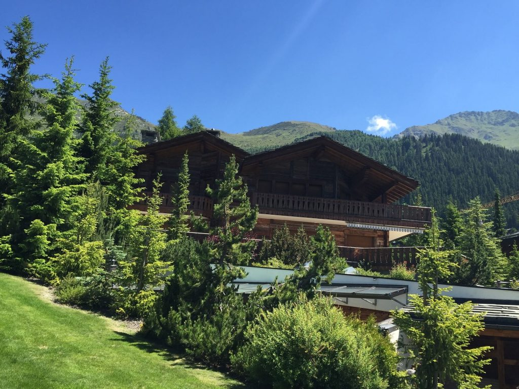 A beautiful house on the hill In Verbier