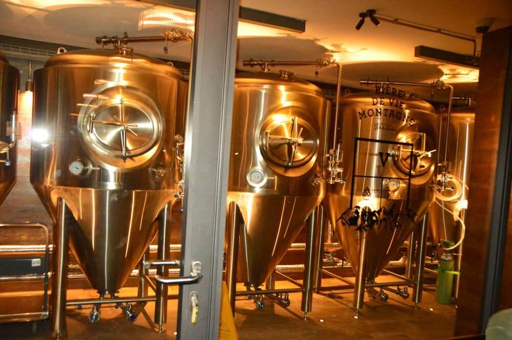 Verbier V brewery Bier tanks interior